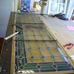 restauration d'une double porte en vitrail 19ème motif cabochons