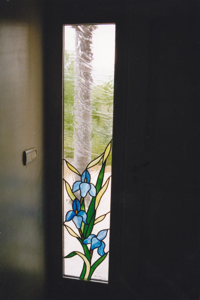 Vitrail porte d entr e imposte fixe motif iris vitraux d 39 art vanessa dazelle - Porte d entree avec vitrail ...