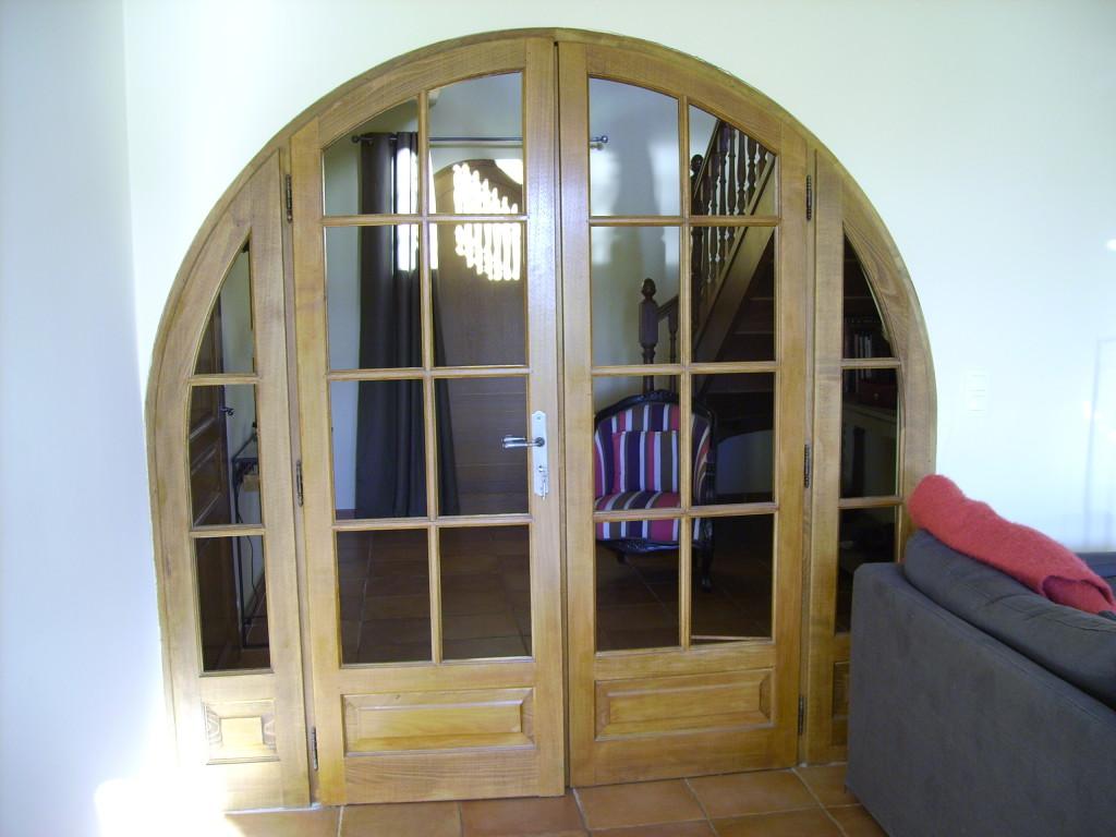 Porte de salon les portes pliantes design en photos tour for Salon porte versailles